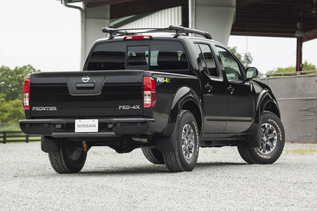 AUTO REVIEW: Midsize 2015 Nissan Frontier Pro-4X Pickup ...