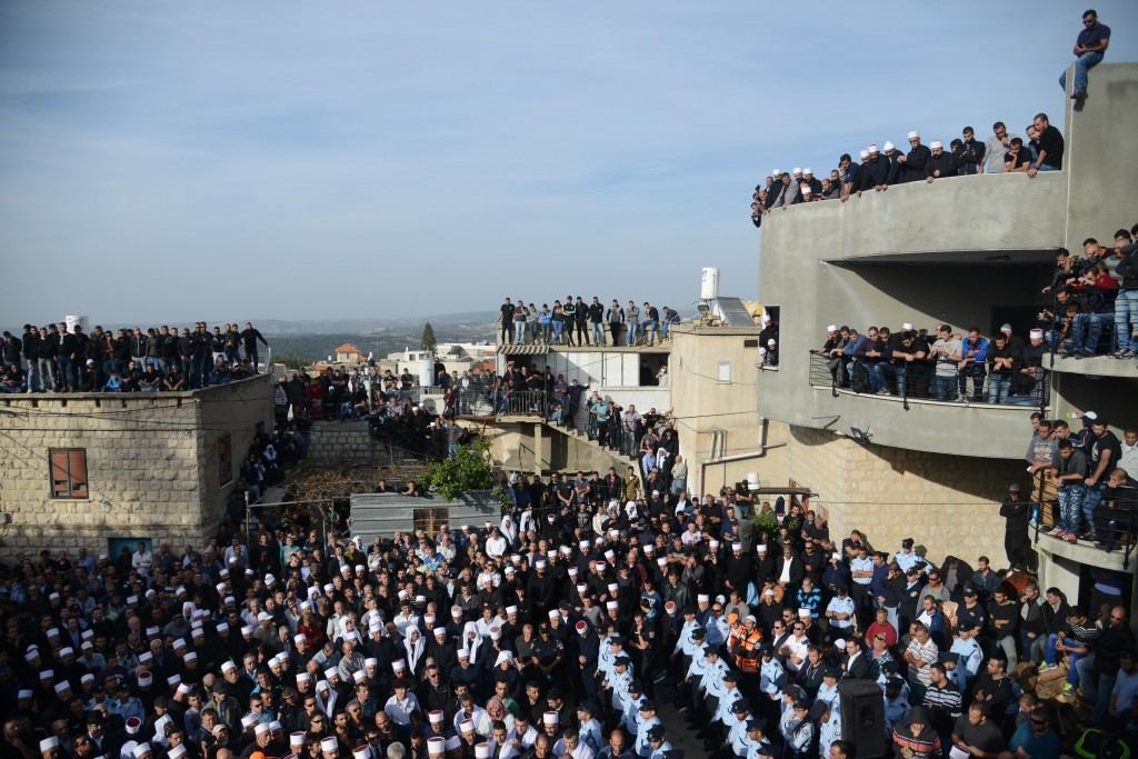 The funeral of Israeli Druze police officer Zidan Nahad Seif, killed in the Har Nof terrorist attack. (Flash90)