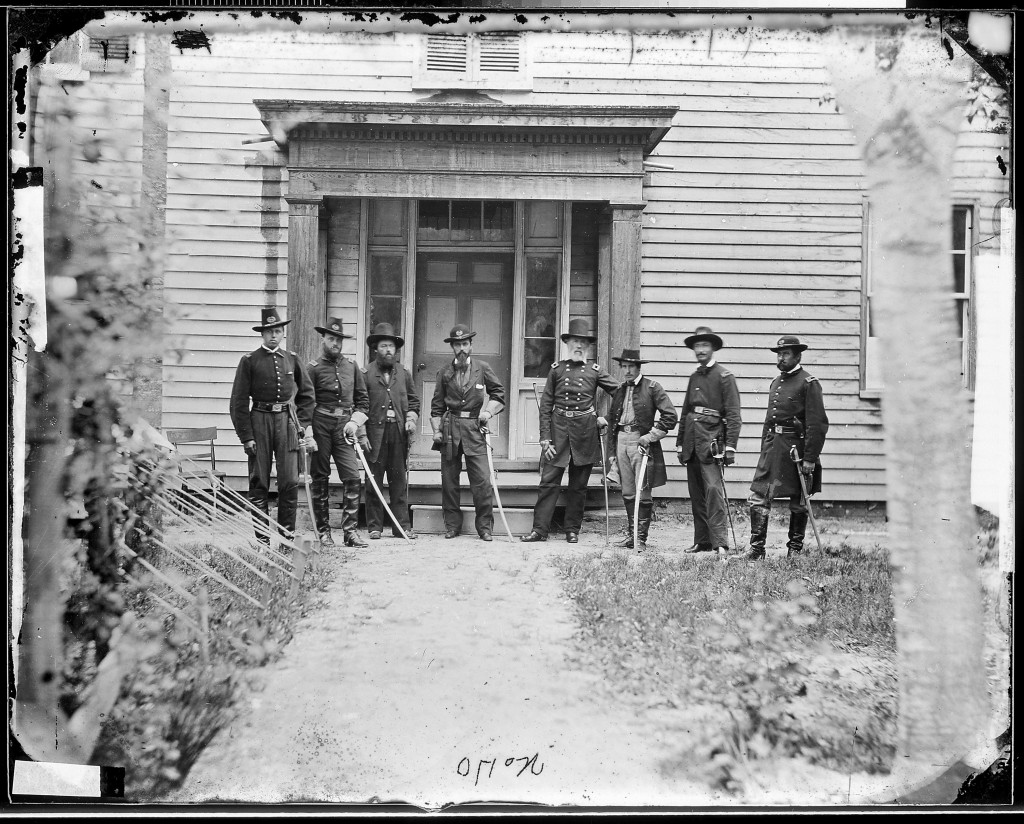 First Lt. Alonzo Cushing (L) with a group of the 4th Artillery unit in the picture taken sometime between 1860 and 1863. (U.S. National Archives/Mathew Brady)