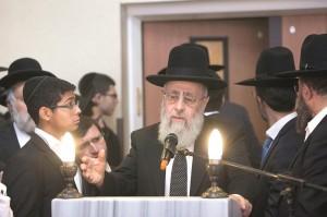 """Sephardi Chief Harav Yitzchak Yosef at the levayah of Shalom Aharon Badani, Hy""""d.  (Yonatan Sindel/Flash90)"""