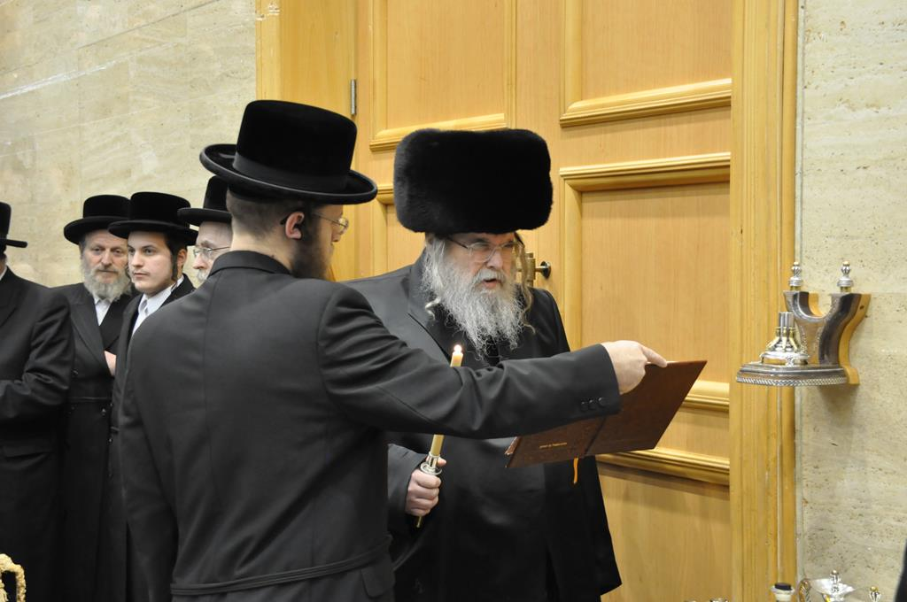 The Belzer Rebbe, shlita
