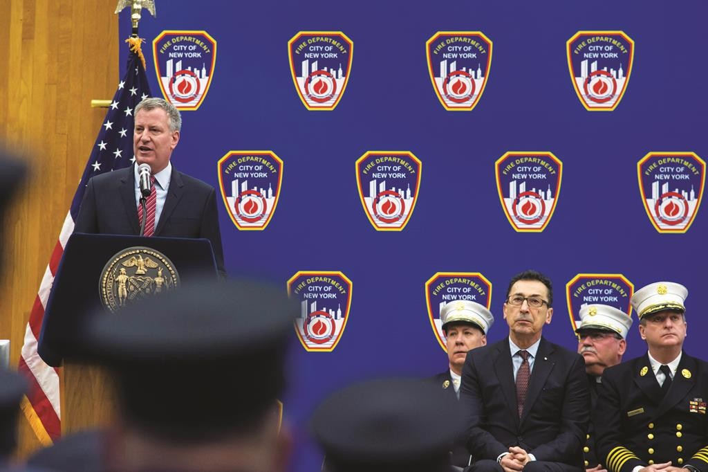 Mayor Bill de Blasio on Monday addresses the firefighters swearing-in ceremony at the Fire Academy on Randall's Island, N.Y. (Ed Reed/Mayoral Photography Office)