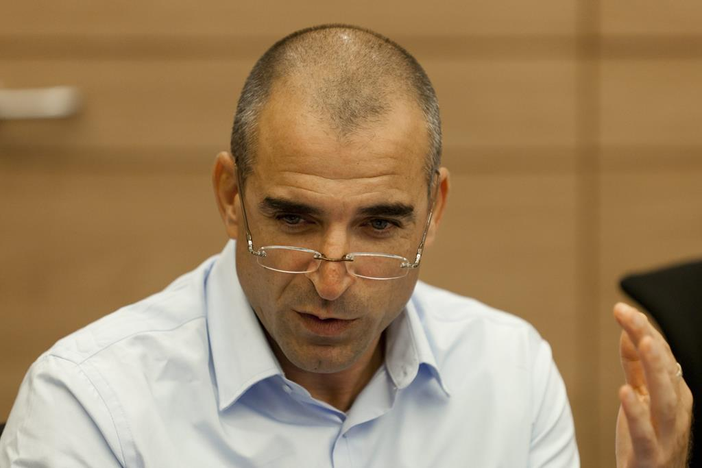 Israel's Ministry of Finance Director of Wages Kobi Amsalem wouldn't sign the minimum wage increase. (Flash 90)