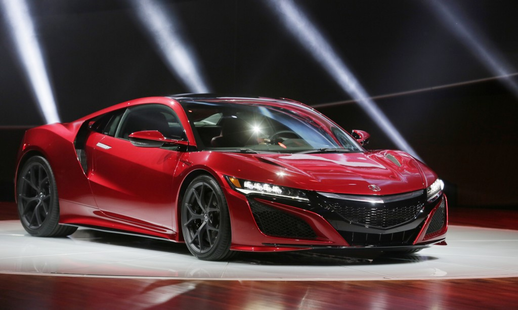 Acura rolled out its new 2016 NSX supercar on Monday, Jan. 12, 2015 at the North American International Auto Show in Detroit. (Mandi Wright/Detroit Free Press/TNS)