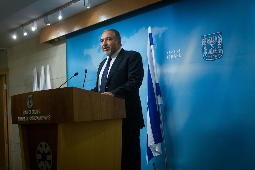 Foreign Minister Avigdor Lieberman speaking at the Ministry of Foreign Affairs in Yerushalayim. (Miriam Alster/FLASH90)