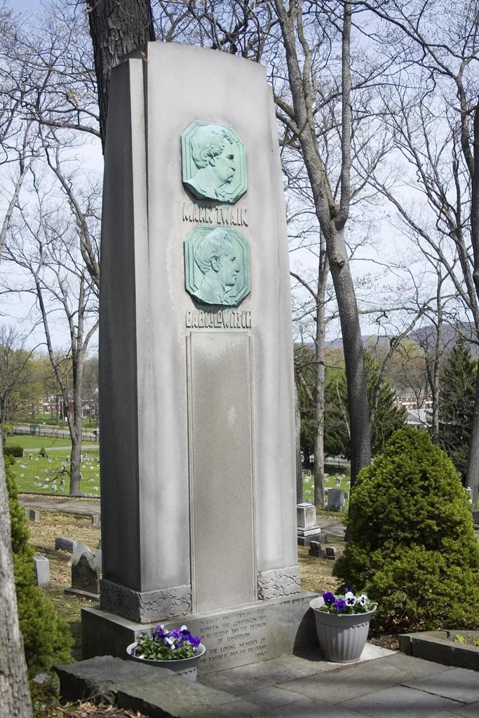 The Mark Twain and Ossip Gabrilowitsch monument in Woodlawn National Cemetery in Elmira, N.Y. (AP Photo/The Star-Gazette, Jason Whong)