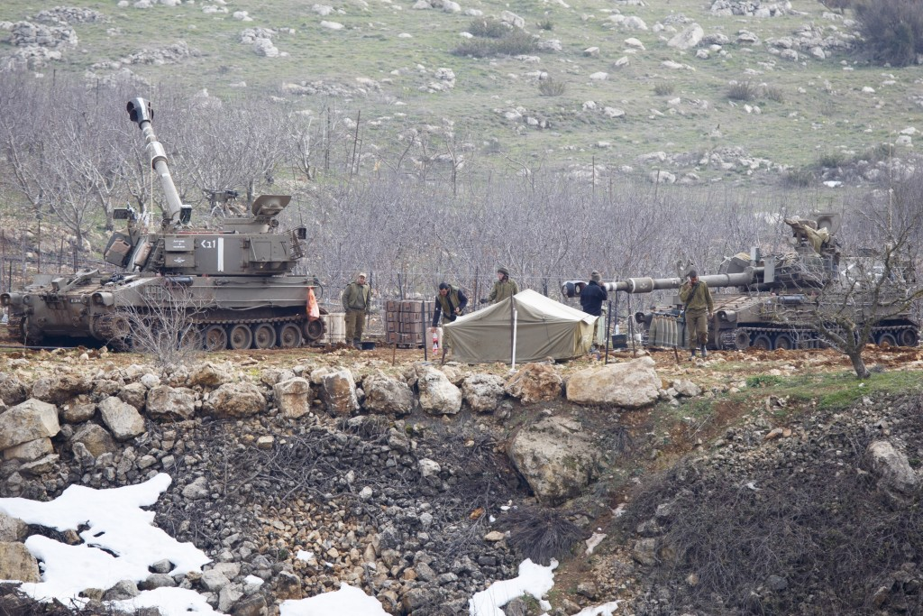 IDF artillery on high alert after they responded to several rockets hitting Mount Hermon, Tuesday.  (Basal Awidat/Flash90)