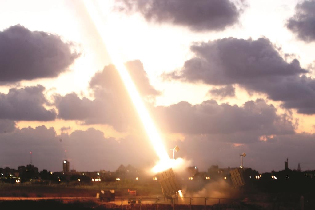 An Iron Dome Missile Defense battery set up near the Southern israeli town of Ashdod fires an intercepting missile on July 16, 2014. As Israel's military Operation Protective Edge entered its ninth day, Gaza militants continue firing rockets into Southern and Central Israel, rising to over 800 rockets so far. Photo by Miriam Alster/Flash90