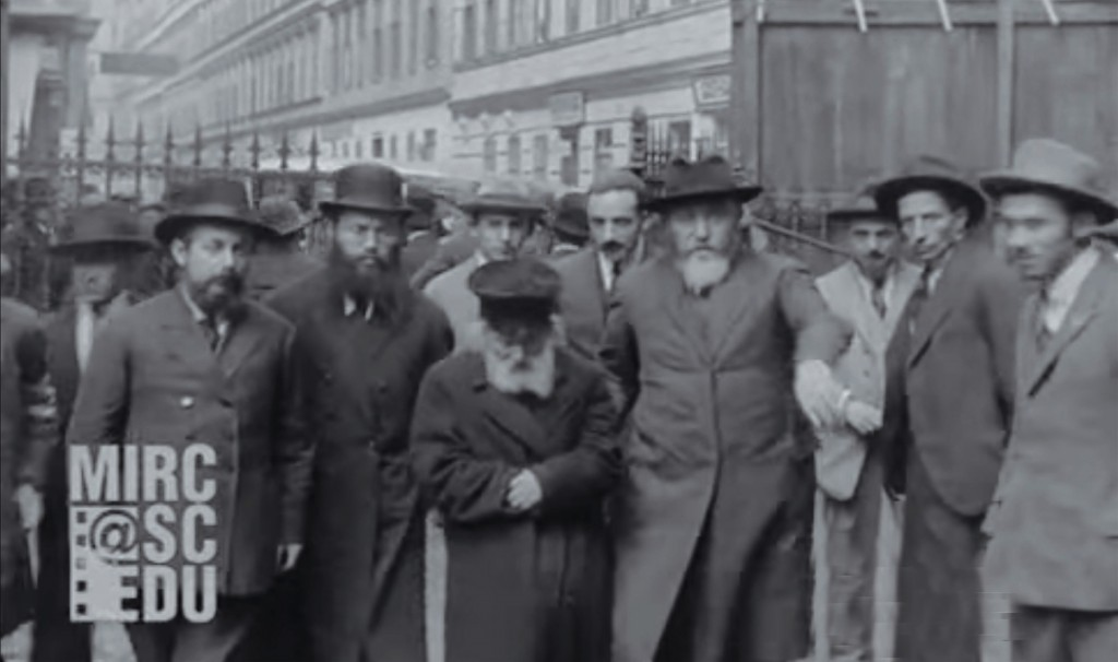 """The Chofetz Chaim, zt""""l,  arrives at the first Knessiah Gedolah in Vienna, 1923."""