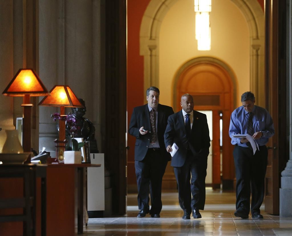 Speaker Carl Heastie on Thursday walks to Gov. Andrew Cuomo's office at the Capitol. (AP Photo/Mike Groll)
