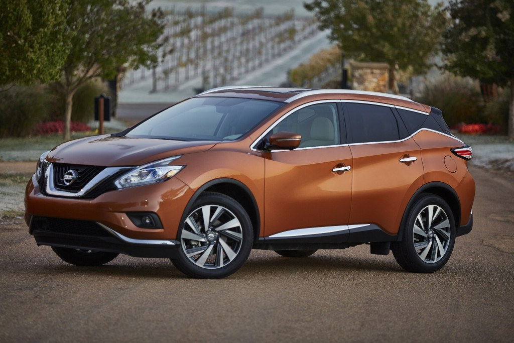 The 2015 Nissan Murano has a sleeker look with sculpted sides and flared fenders in the rear. (Nissan)