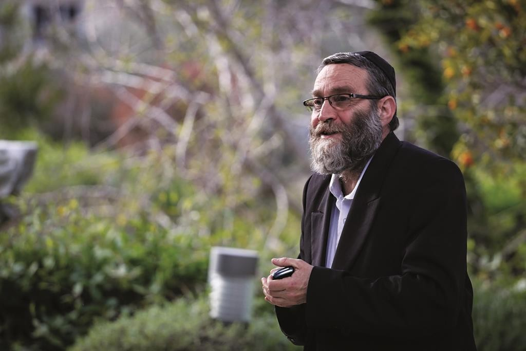 United Torah Judaism MK Rabbi Moshe Gafni, who has reportedly been promised the chairmanship of the Knesset Finance Committee if UTJ joins the coalition. (Hadas Parush/FLASH90)