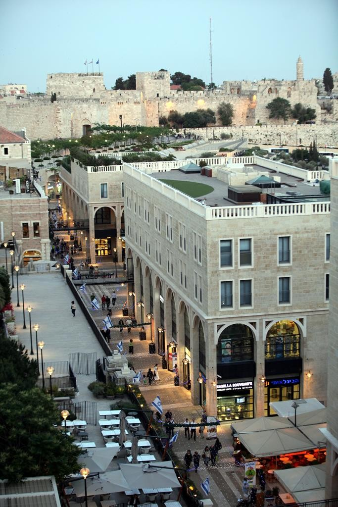 A view of the Mamilla shopping mall, and the walls of Yerushslayim's Old City in the distance. (Yossi Zamir/Flash 90)