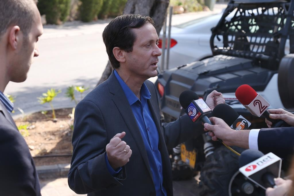 Leader of the Zionist Camp political party, Isaac Herzog. (Flash90)