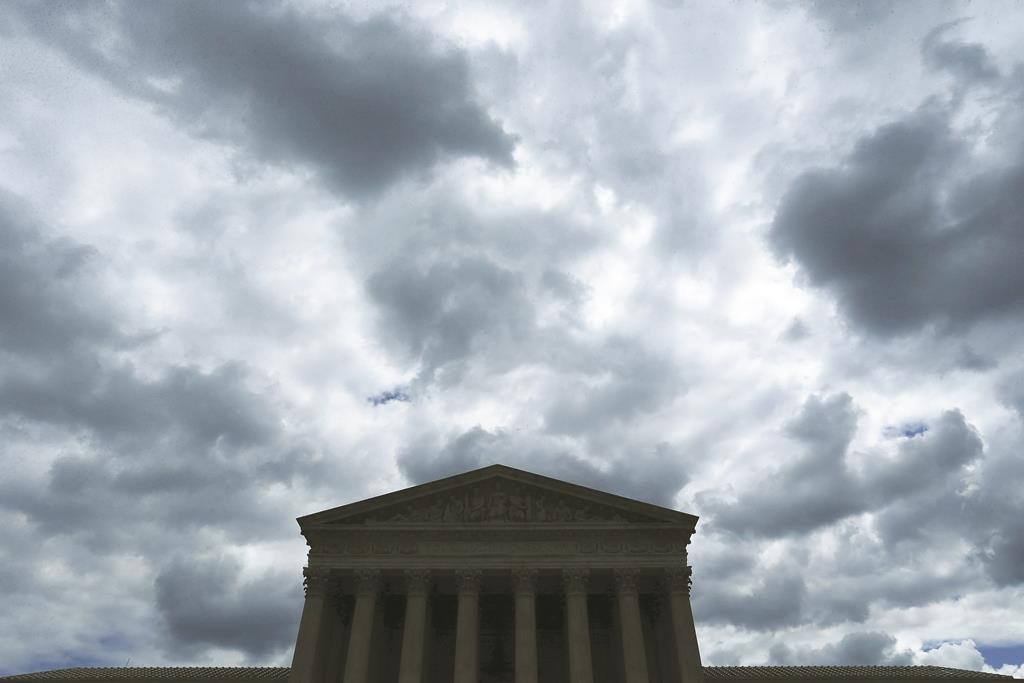The U.S. Supreme Court building, April 27, 2015.  (REUTERS/Jonathan Ernst)