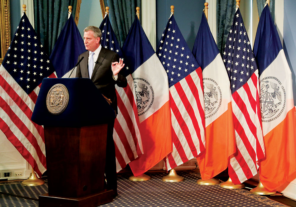 Mayor Bill De Blasio explaining the New York City budget (AP)