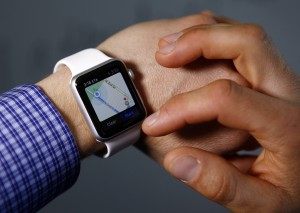 Troy Wolverton uses maps on an Apple Watch. (Gary Reyes/Bay Area News Group/TNS)