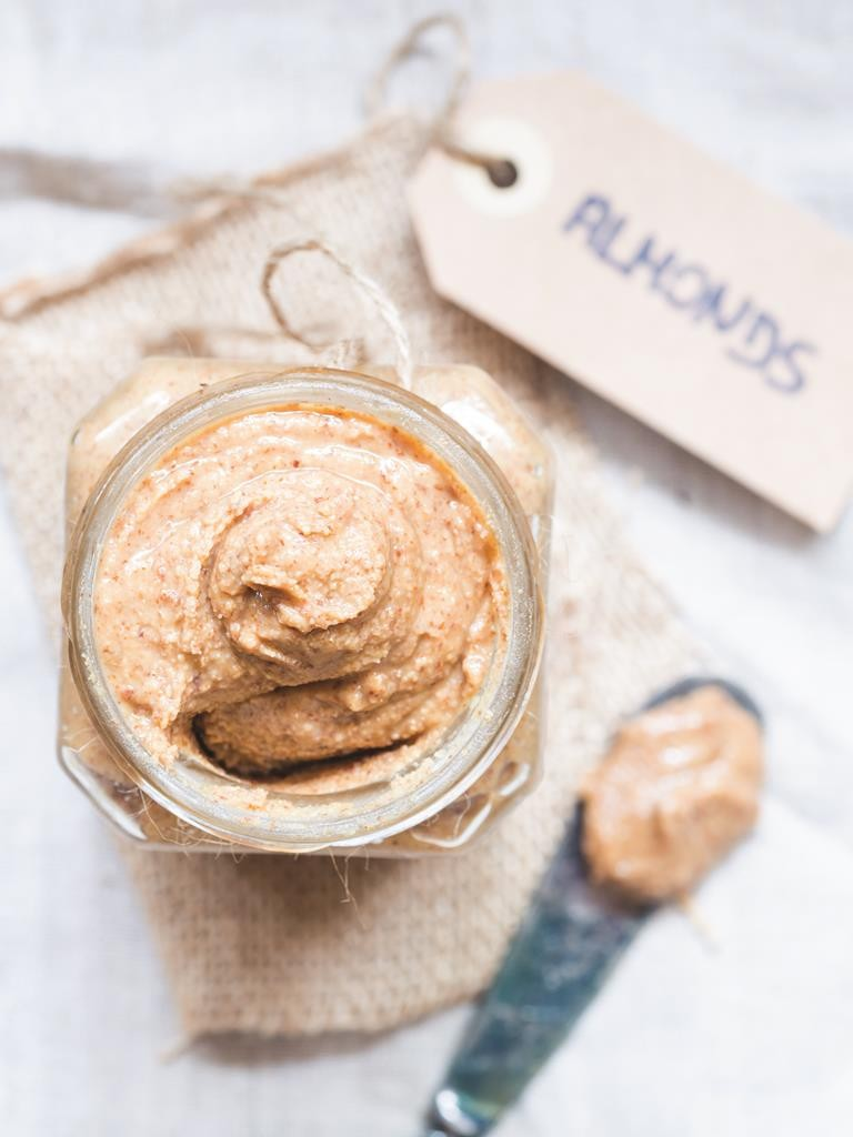 Some almond butters have unnecessarily high amounts of added sugar, sodium and artificial ingredients. Look for nut butters containing as few ingredients as possible.