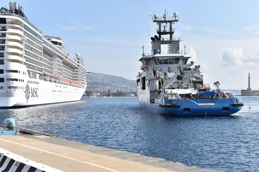 Swedish Coast Guard ship KBV 001 Poseidon arrives at Messina Harbor, Italy, Tuesday, to disembark migrants it rescued in the Mediterranean Sea. (AP Photo/Carmelo Imbesi)