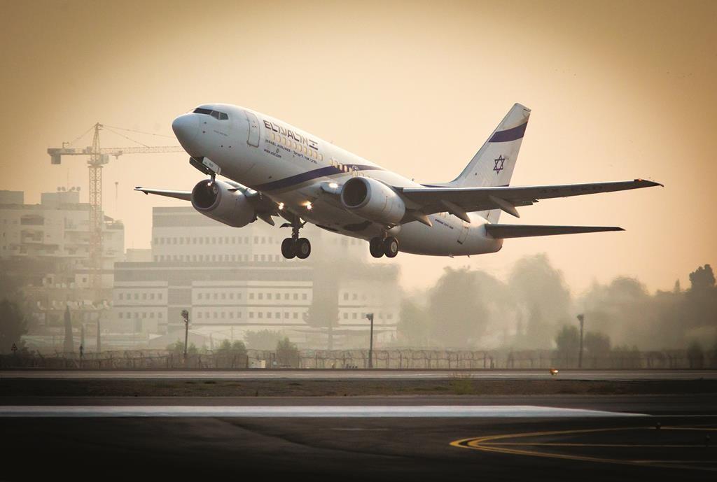 An El Al plane taking off from Ben Gurion Airport.  (Moshe Shai/Flash90)