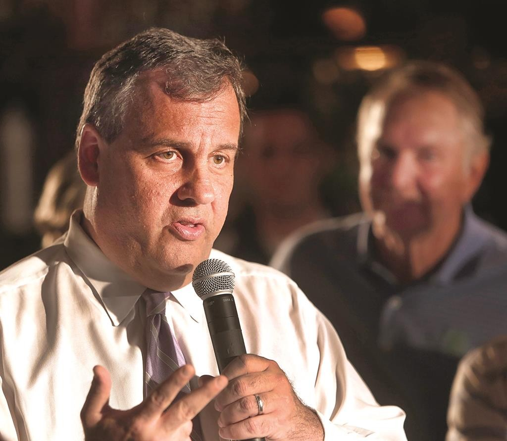 Republican presidential candidate New Jersey Gov. Chris Christie speaks during a town hall meeting Monday, in Keene, N.H. (AP Photo/Jim Cole)