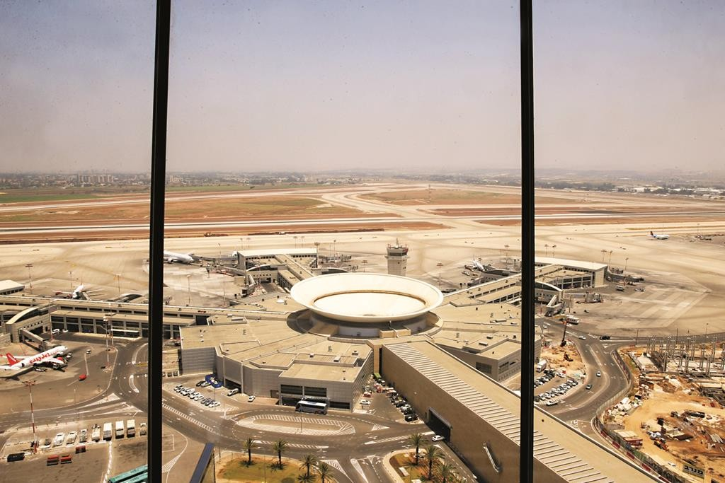 A view of Ben Gurion International Airport from the newly built control tower.  (FLASH90)