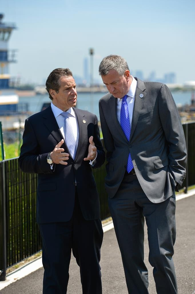Gov. Andrew Cuomo talks with Mayor Bill de Blasio last year, during better times. (Office of Gov. Cuomo)