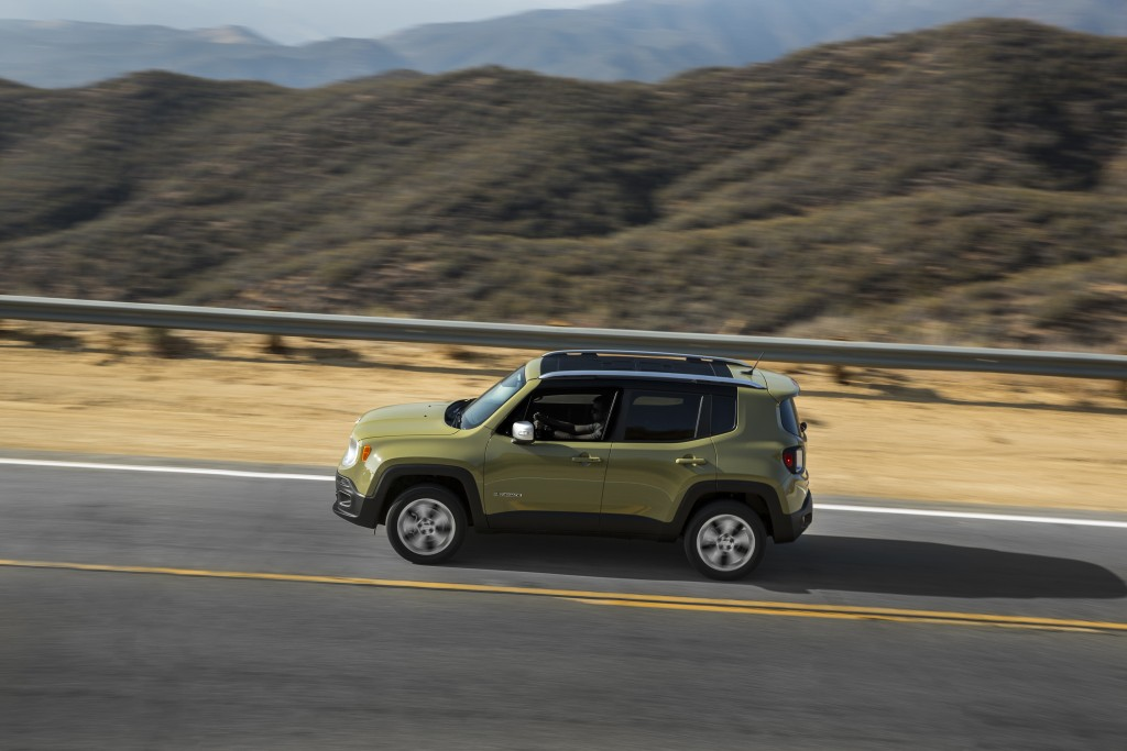 The 2015 Jeep Renegade can return 22 miles per gallon in town and 31 on the highway. (A.J. Mueller/TNS)