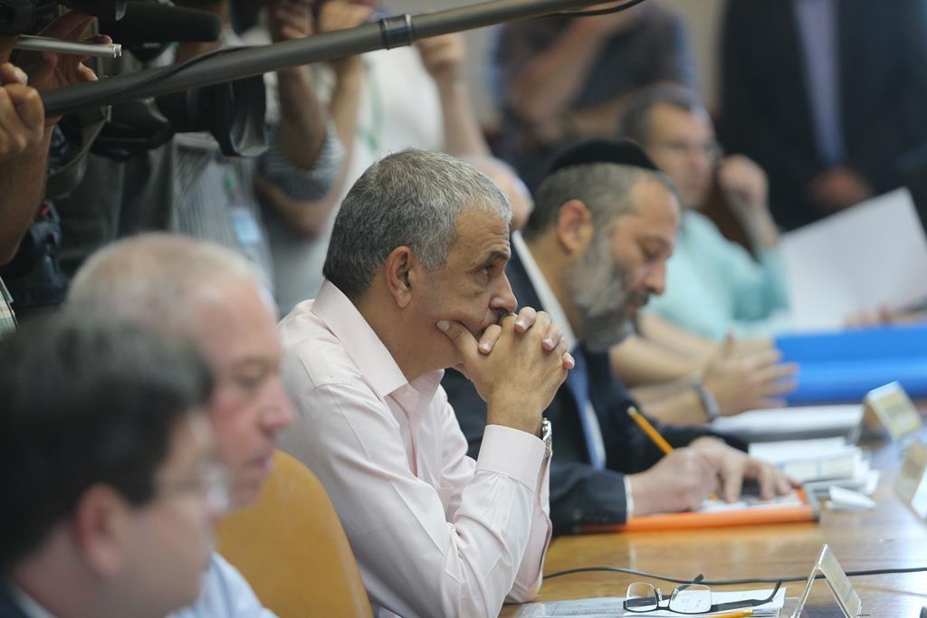 Israeli Finance Minister Moshe Kahlon. (Alex Kolomoisky/POOL)