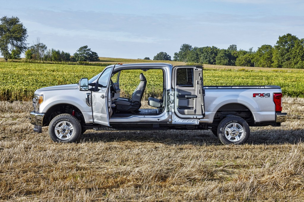 All-new 2017 Ford F-Series Super Duty SuperCab and Crew Cab offers reverse-opening side doors that open up to 170 degrees for improved loading of cargo into the truck. (Ford)