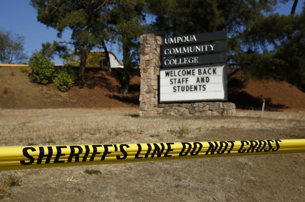 A sign welcomes students back to Umpqua Community College, Monday, in Roseburg, Oregon.  (AP Photo/John Locher)
