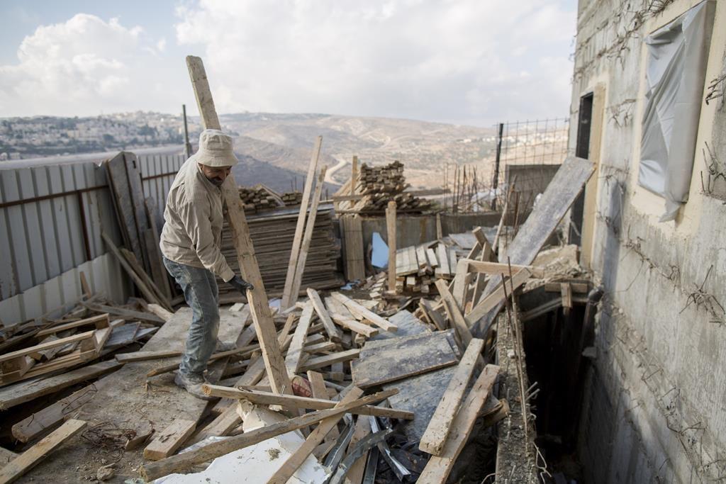 A beis knesses under construction in Ramat Shlomo, November 4, 2014. (Yonatan Sindel/Flash90)