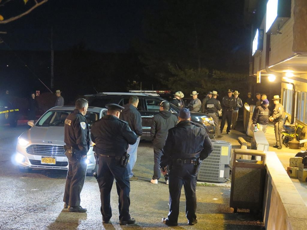 Investigators on Tuesday night at the scene where a Jewish teen was shot near Kiryas Joel. (ABB/JDN)