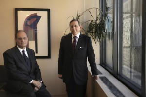 Jacques Semmelman (L) and Eliot Lauer (R), lawyers for JonathanPollard(not pictured) pose for a portrait in New York on Friday.  (Reuters/Lucas Jackson)