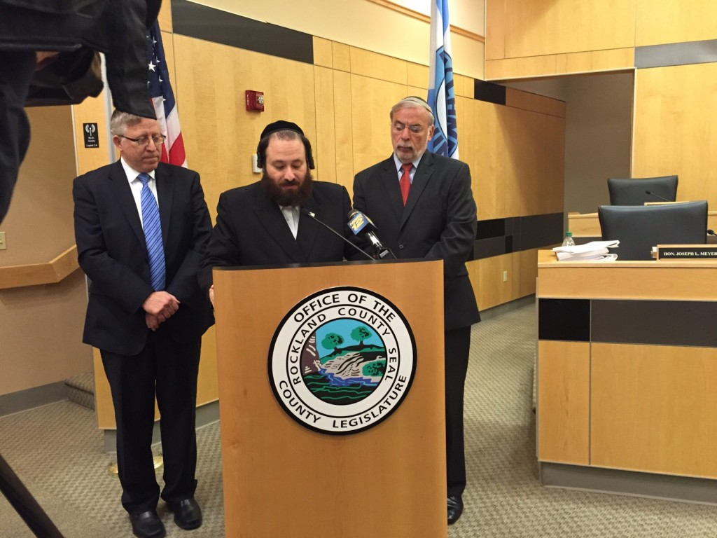 Aron Weider resigning as Rockland County Leguislature's Majority Leader at Thursday's press conference.