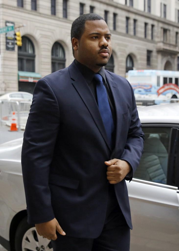 Officer William Porter walking into the courthouse Wednesday. (AP Photo/Patrick Semansky)