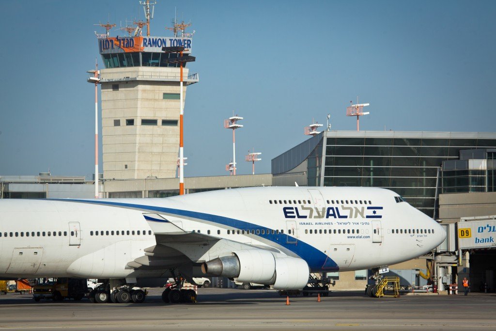An El Al plane at Ben Gurion Airport. (Moshe Shai/Flash90)