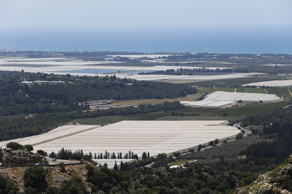 View of Israel's Lower Galilee. April 25, 2015. Photo by Nati Shohat/Flash90 *** Local Caption *** éùøàì öôåï âìéì úçúåï