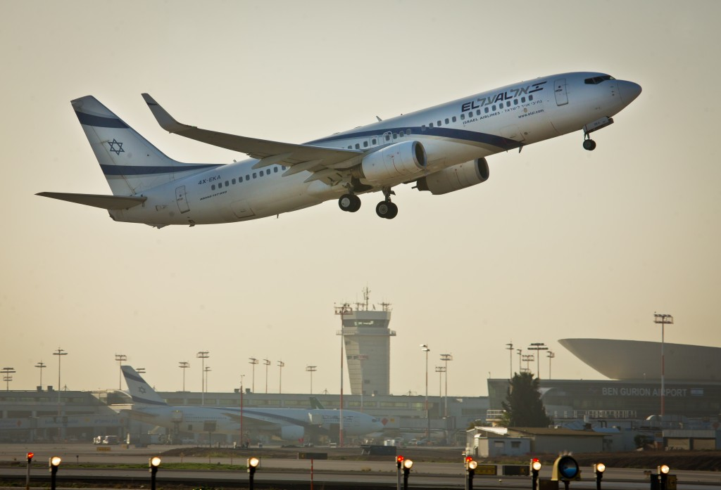 An El Al flight takes off from the Ben Gurion International Airport.(Moshe Shai/FLASH90)