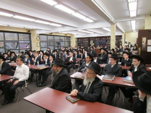 "Harav Hagoan, HoRav Tzvi Meir Zilberberg shlita from Eretz Yisroel giving Divrei ""Chizuk & Mussar"" to the Mesivta & Beis Medrash Torah Vodaath B'Ymei Shovavim"