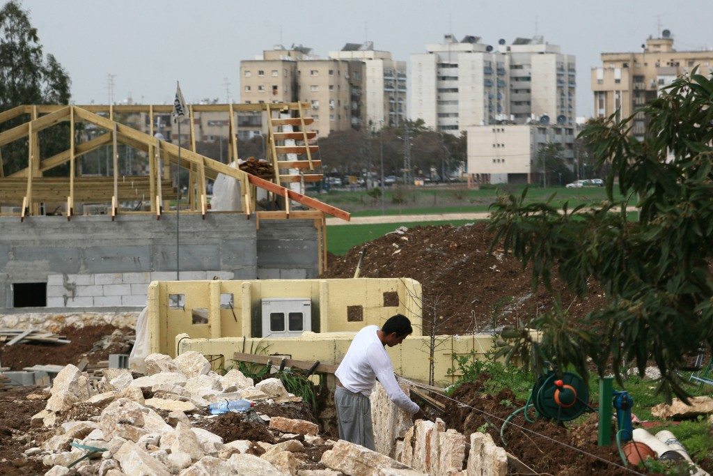 Construction work on new homes outside Afula. Photo by Nati Shohat/Flash90