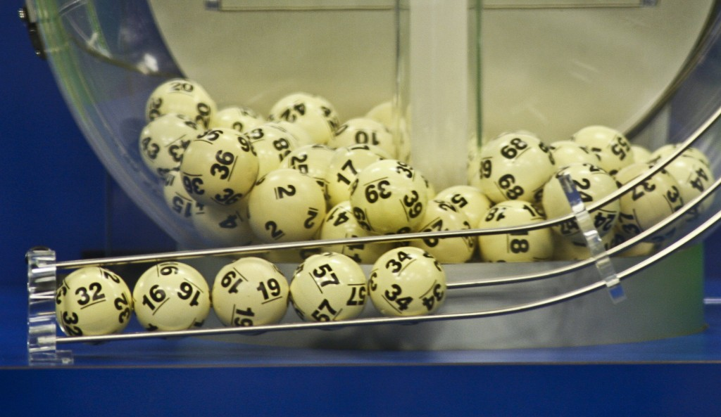The winning Powerball numbers are shown after being drawn at the Florida Lottery studio in Tallahassee, Florida January 9, 2016. (Philip Sears/Reuters)