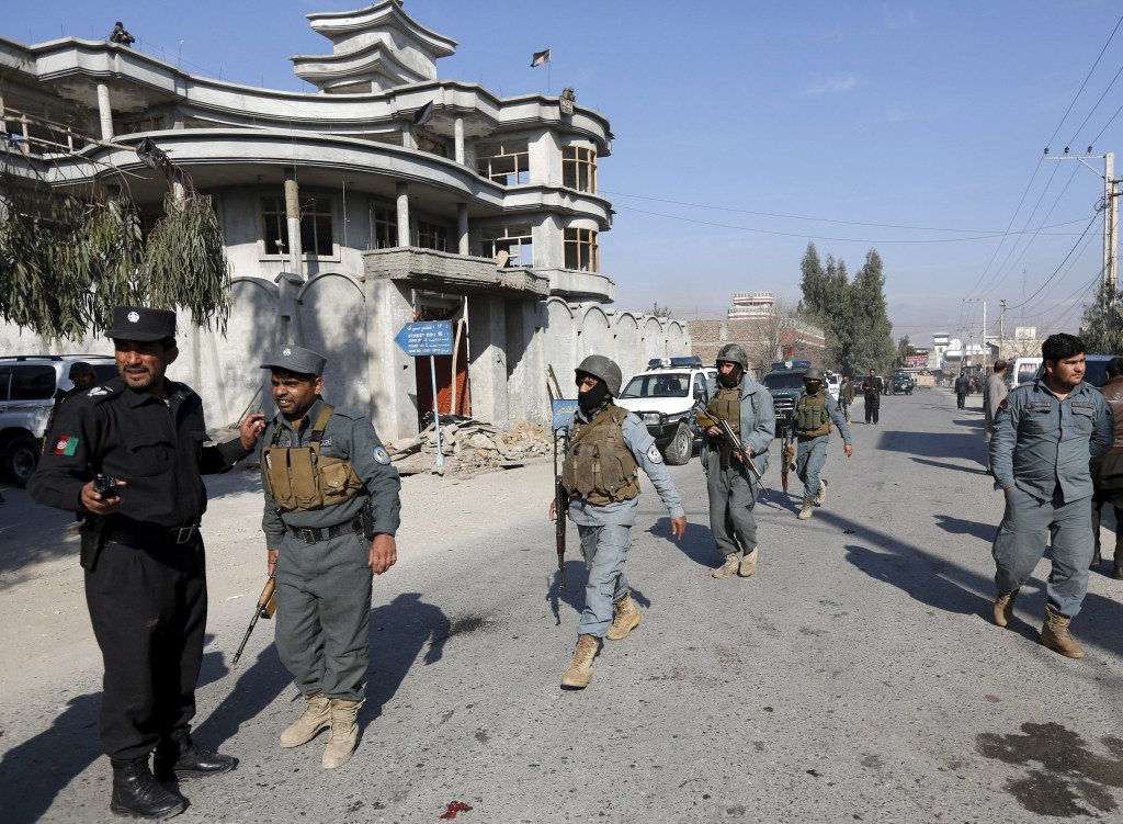Afghan policemen arrive at the site of a suicide attack in Jalalabad, Afghanistan January 17, 2016. A suicide bomber killed nine people in the eastern Afghan city of Jalalabad on Sunday at the home of a tribal elder when people had gathered to celebrate his son's release from Taliban captivity, local officials said. The son was killed and at least 12 people, including his father, were wounded in the attack, according to Attaullah Khogyani, a spokesman for the provincial governor. REUTERS/ Parwiz
