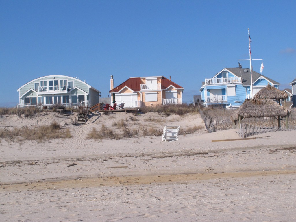 Beachfront homes in a section of Point Pleasant Beach, N.J., where numerous homeowners are fighting back in court against a plan by New Jersey officials to build sand dunes. (AP Photo/Wayne Parry)
