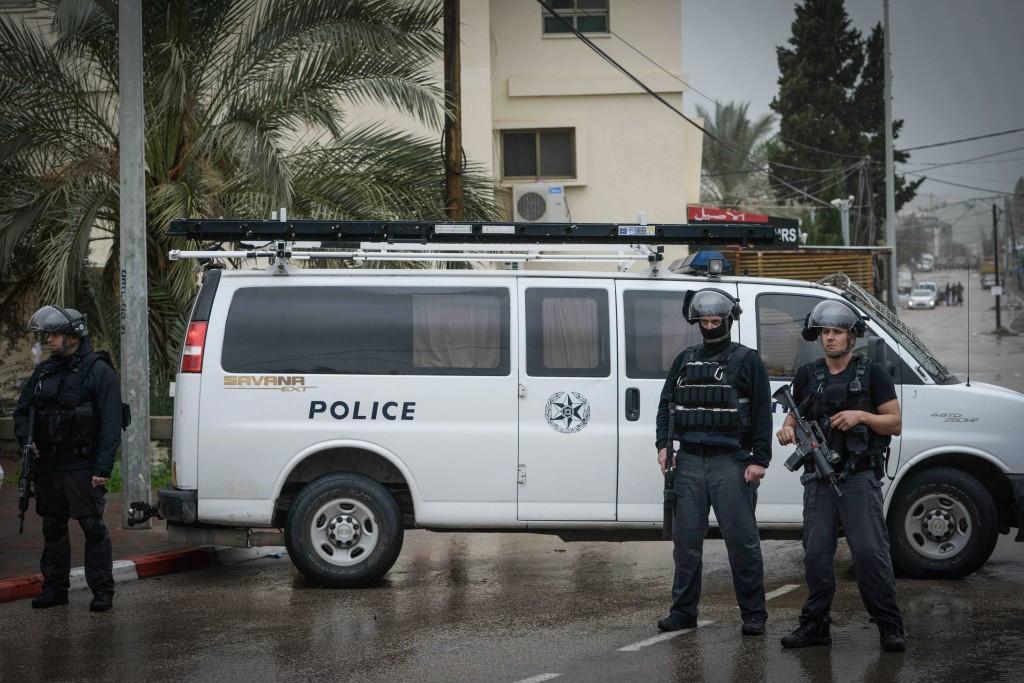 Police in Ar'ara. Photo by Basel Awidat/Flash90