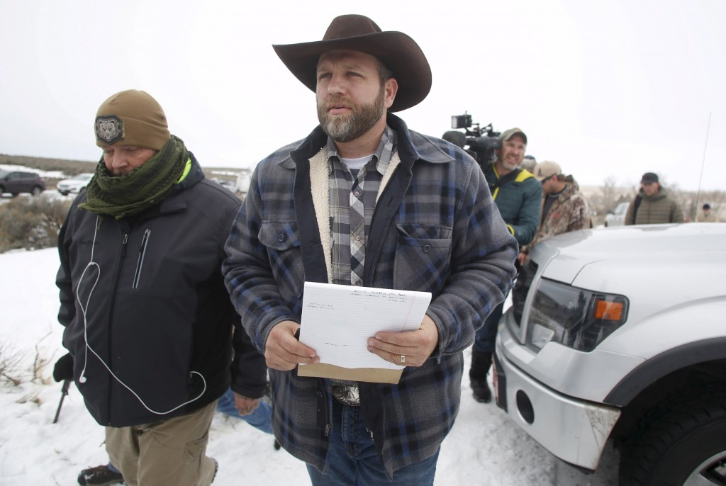 Ammon Bundy arrives to address the media at the Malheur National Wildlife Refuge near Burns, Oregon in this January 5, 2016 file photo. Bundy, the leader of an armed occupation at a wildlife refuge in Oregon and several of his companions were arrested by federal authorities on January 26, 2016, CNN reported. REUTERS/Jim Urquhart/Files TPX IMAGES OF THE DAY