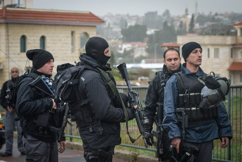 Israeli security forces patrolling in the streets of the Israeli Arab village of Arara, Northen Israel on January 8, 2016,. Photo by Basel Awidat/Flash90