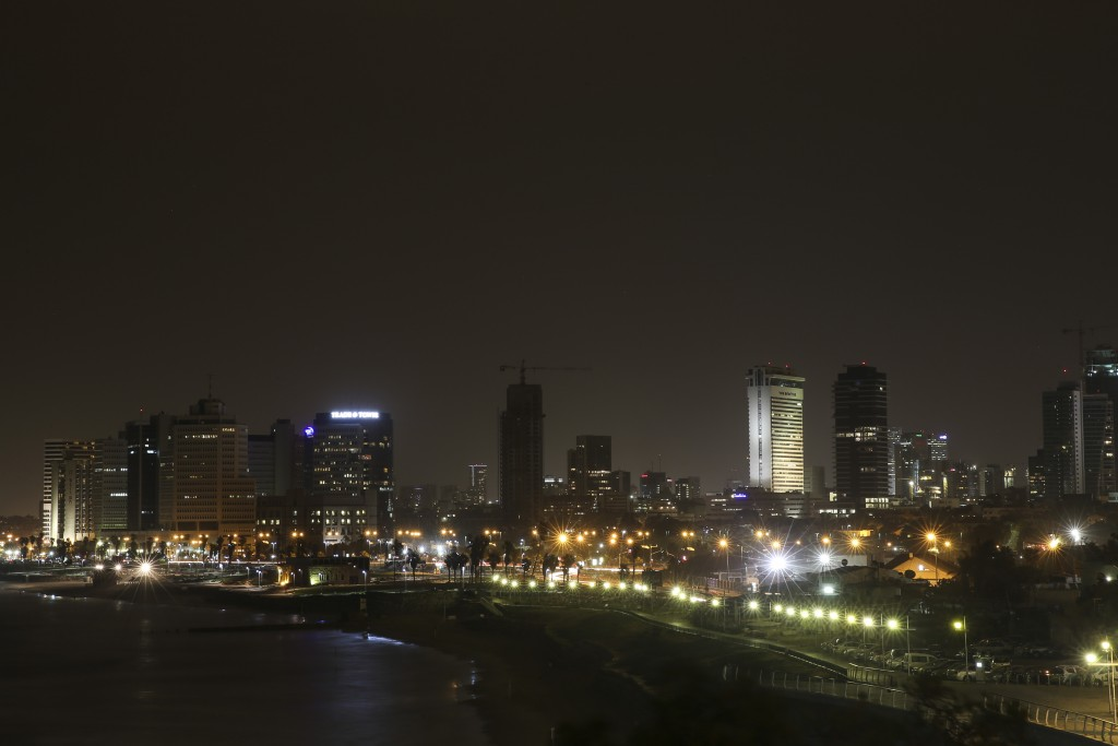 Tel Aviv at night. Photo by Hadas Parush/Flash 90.