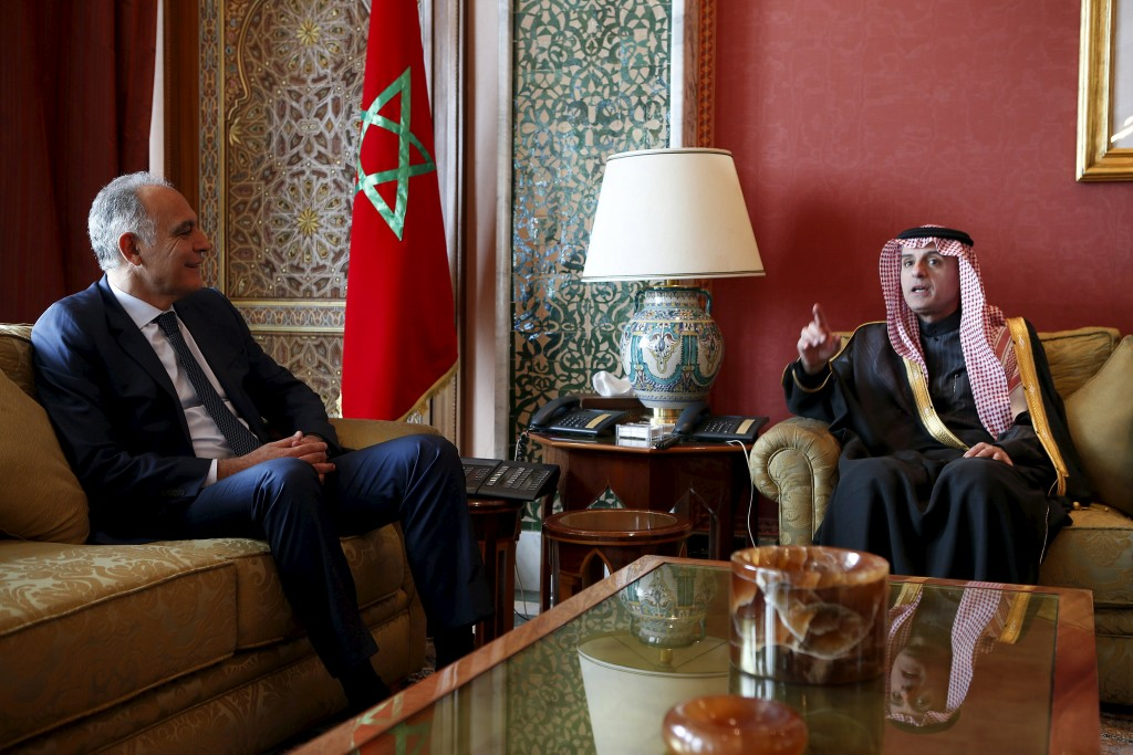 Morocco's Foreign Minister Salaheddine Mezouar (L) speaks with Saudi Arabia's Foreign Minister Adel bin Ahmed Al-Jubeir in Rabat, February 10, 2016. REUTERS/Youssef Boudlal