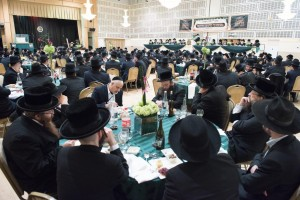 A partial view of the crowd at the dinner. (JDN)